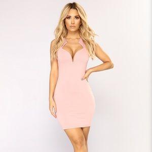 FashionNova// sexy dress size xs